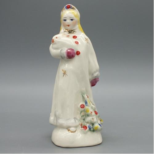 Фарфоровая статуэтка Снегурочка