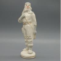 Фарфоровая статуэтка Военный летчик